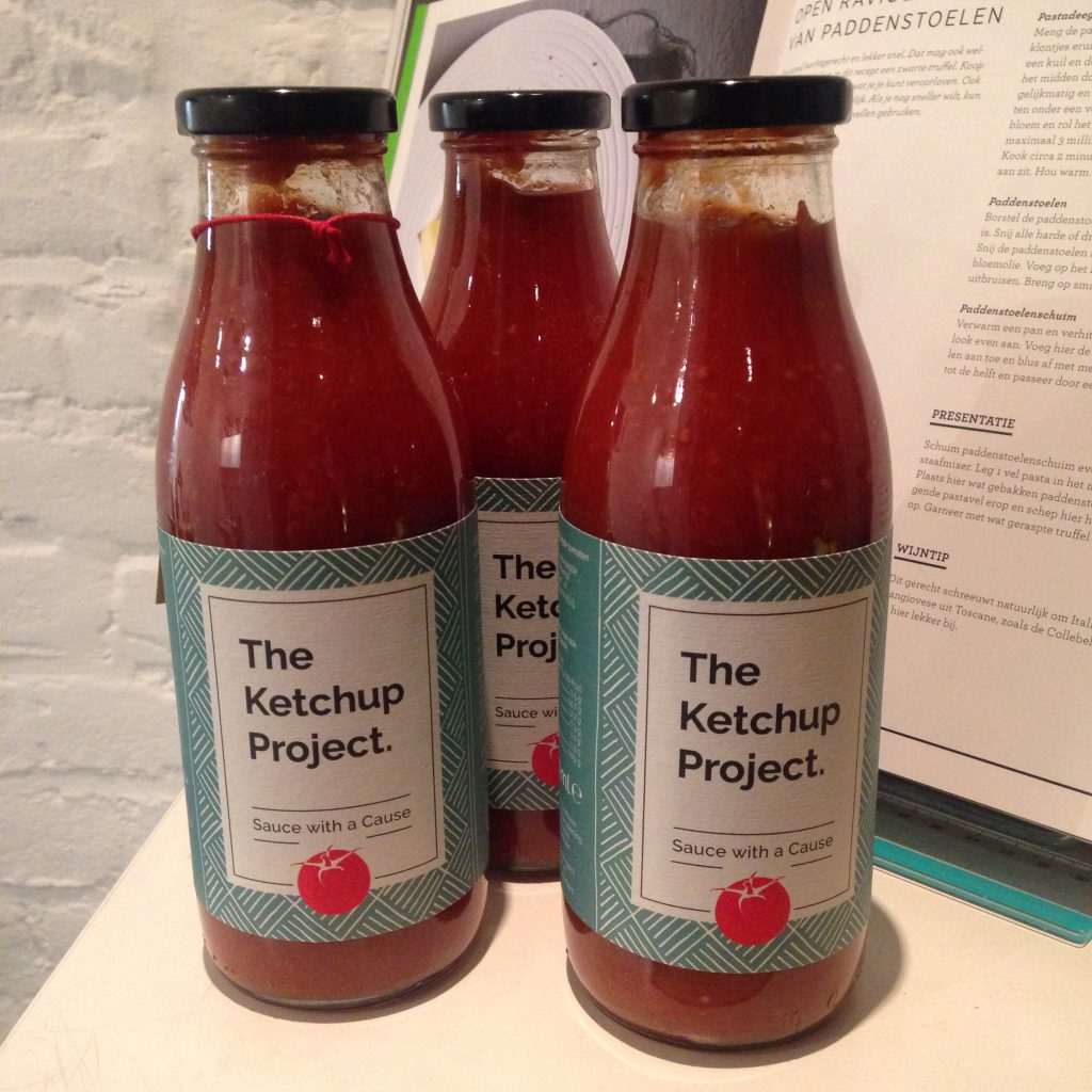 the ketchup project _ flessen